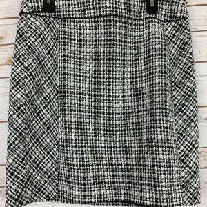 White House Black Market Skirt Sz 14 Black Tweed
